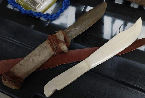 Bone Knife2